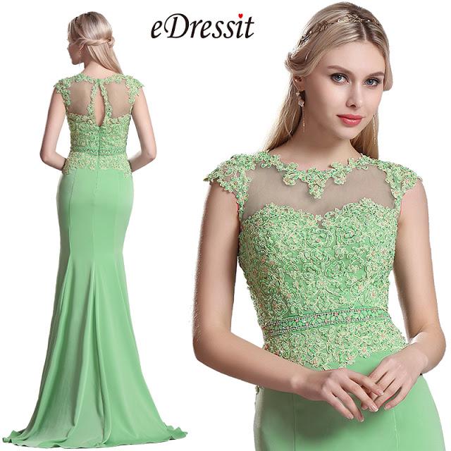 5c59f181edd Cette robe élégante dispose d une pure très exquis brodé dos et jupe  plissée qui coule. Vous pouvez également le porter pour d autres occasions  élégantes